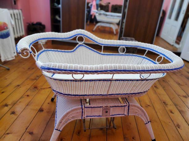 Детская электро-кроватка Baby Cradle из штучного ротанга