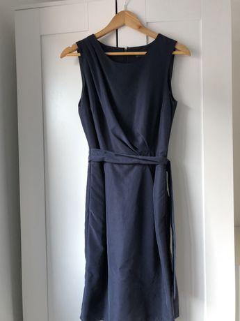 Vestido azul com drapeado