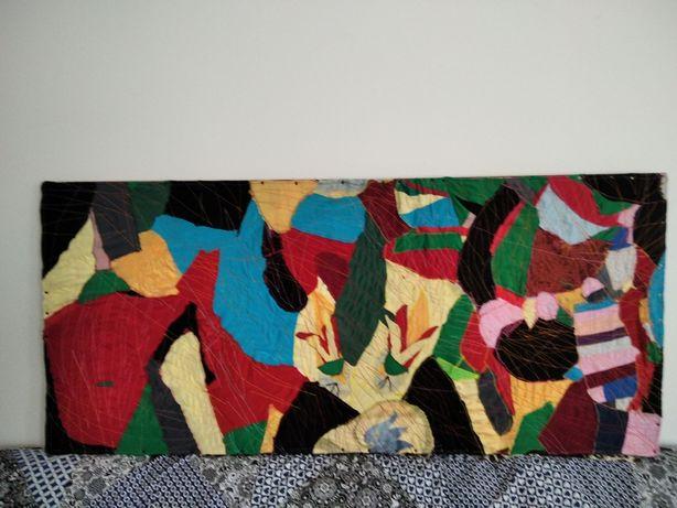 Obraz z kawałków bawełny.