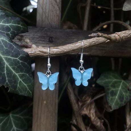 Kolczyki niebieskie motylki