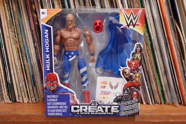 Figura Hulk Hogan WWE Create Superstar