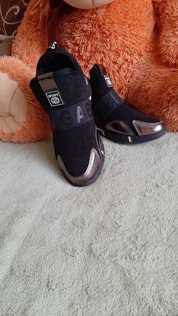 Крутенькі ботинки 37р