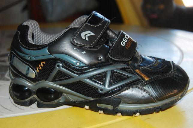 geox кроссовки 27 размер мигающие