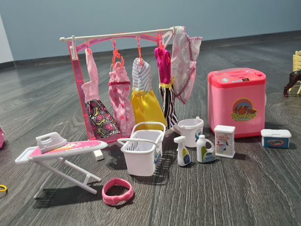 Zestaw dla Barbie garderoba i pralnia