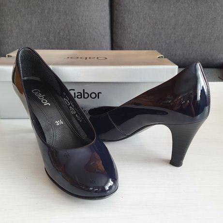 Granatowe lakierowane buty na obcasie czółenka Gabor 36