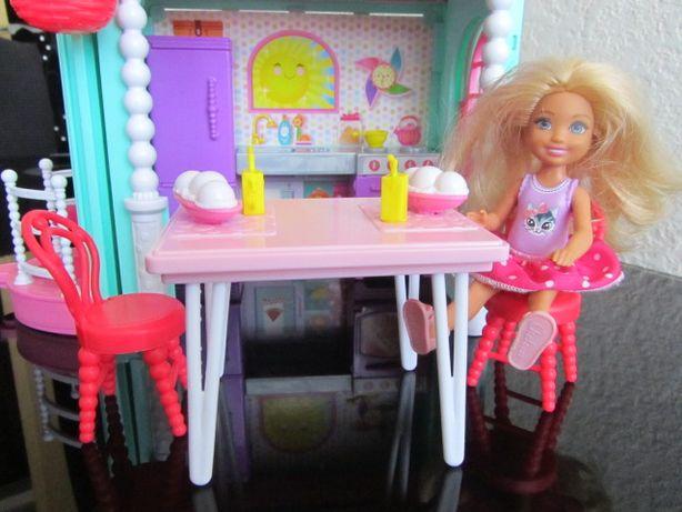 Игровой набор домик для Челси с лифтом Barbie Club Chelsea Playhouse