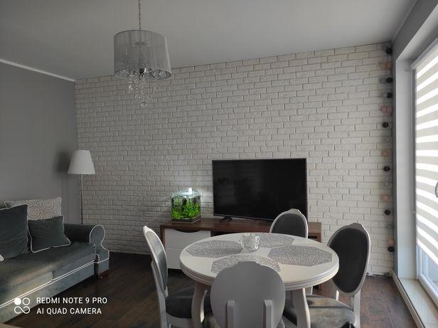 Mieszkanie wykończone i w pełni urządzone z halą garażową i piwnicą
