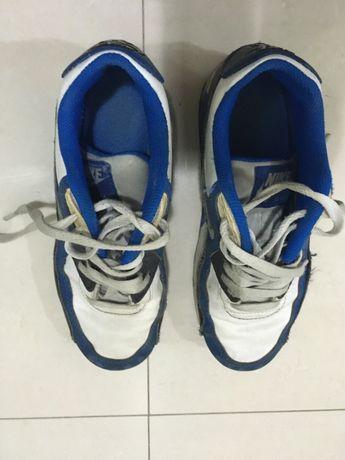 Ténis Nike Air Max azuis e brancos 36,5