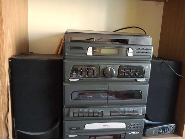 okazja Wieża gramofon  głośniki digital mało używana