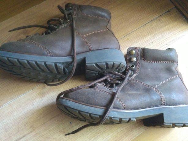 Продам ботинки кожаные  Roland 24 см 36 размер