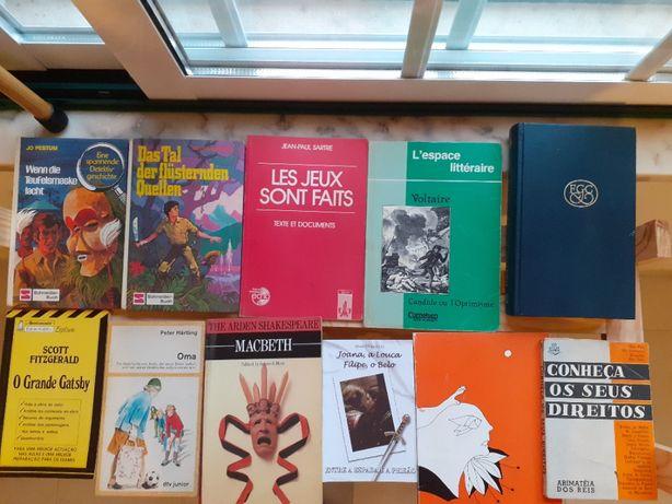 Livros em alemão / inglês e francês