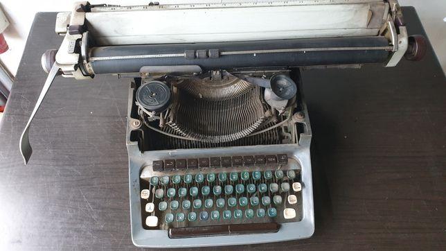 Maszyna do pisania JEDYNA! wielka! Consul MODEL 1504 Czechosłowacja