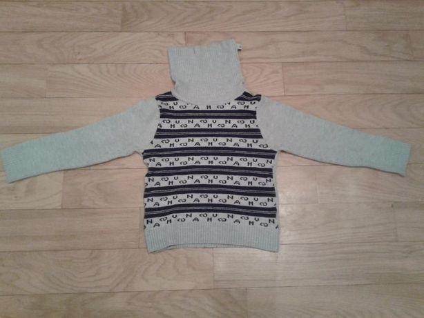 продам теплый детский свитерок