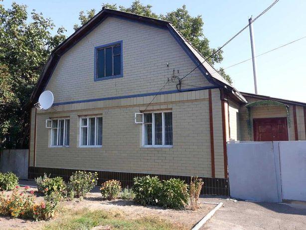 Продам кирпичный дом г.Чигирин, 1992 г. постройки