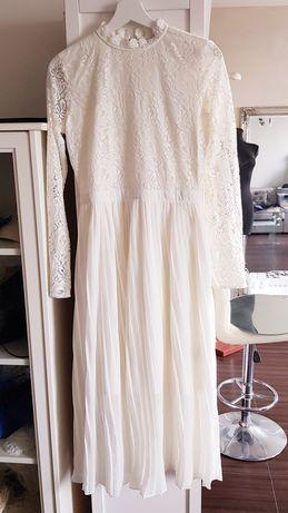 Kremowa suknia ślubna. Suknia ślubna Ivory 38 nowa koronka, plisowana