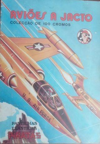 Colecção Caderneta de Cromos de Aviões a Jacto