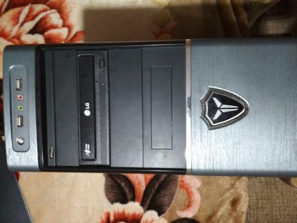 Продам системный блок+монитор+принтер