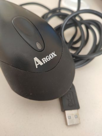 Ручной сканер штрих-кодов Argox AS-8000 в отличном состоянии.