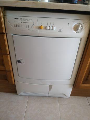 Máquina secar Zanussi TC 7124