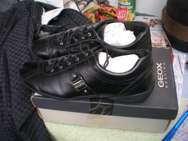 Sapatos Geox original Tamanho 41 novos