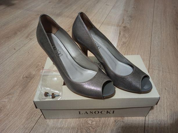 Damskie buty, srebrne szpilki LASOCKI