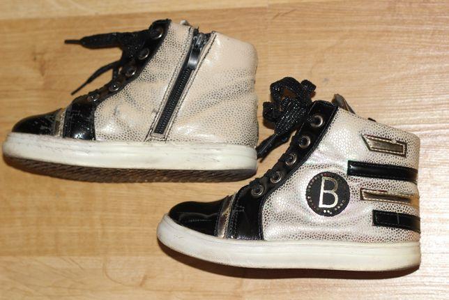 Демисезонные ботинки на весну с теплой подкладкой для девочки 27-28р
