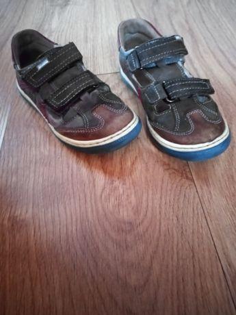 Sandały kryte Lasocki 28
