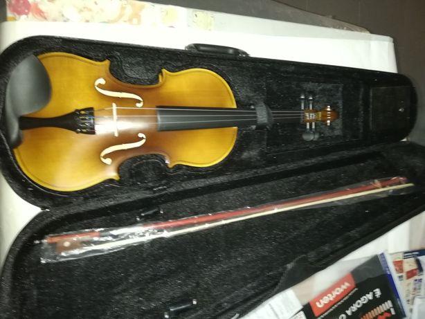 Violino de madeira castanho 4/4 retro