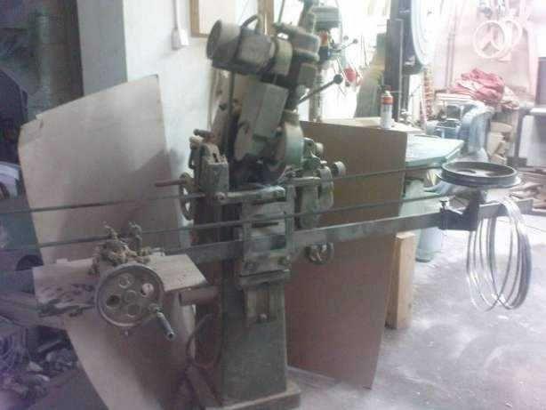 Maszyna stolarska: Ostrzałka do pił taśmowych