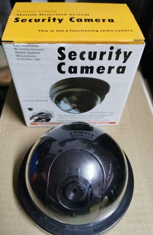 Atrapa kamery kopułka