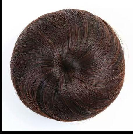 Коричневий шиньйон для волос