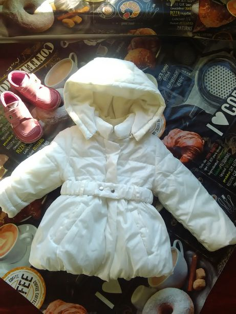 Mayoral 18-24 мес. Белая фирменная куртка курточка для девочки.