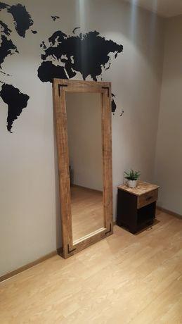 Duże lustro w drewnianej ramie z metalowymi okuciami 168 × 68 cm