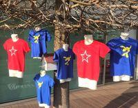 t-shirt do Luccas Neto e bone do luccas 3 aos 14 anos novas entrega j