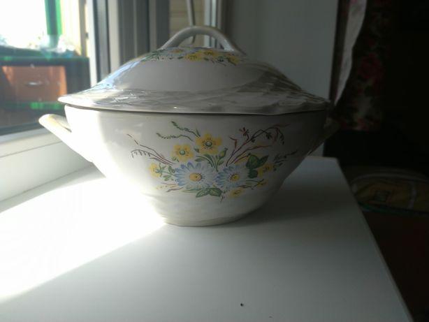 Супница, керамическа кострюля