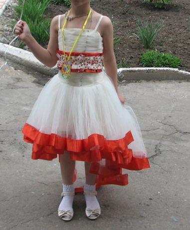 Нарядное выпускное платье 6-9 лет