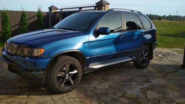 Продам BMW X 5 живой
