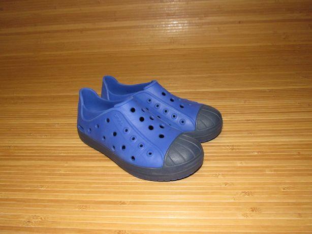 Кроксы Сабо Crocs Bumper Toe Shoe; Стелька: 20,8см; раз. J2 (33-34)