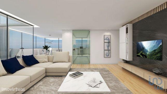Apartamento - 83 m² - T1