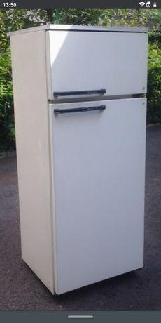 Холодильник 2 камерный минск 15. свой. Возможна доставка