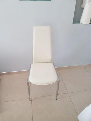 Krzesła beżowe 8 szt - rezerwacja do 6.10.2020