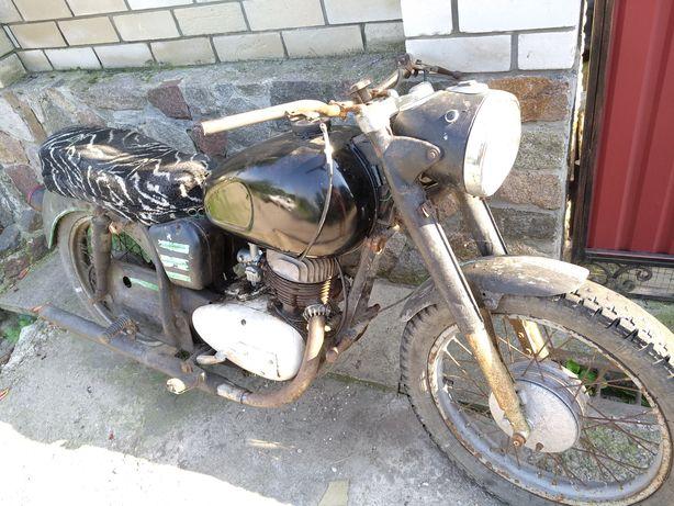 Продам мотоцикл Панония т5