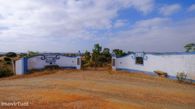Monte cortejo, Mértola, 6,3ha, residencial + apoios agro-pecuária