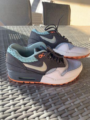 Sapatilhas Nike Air Max multicolor