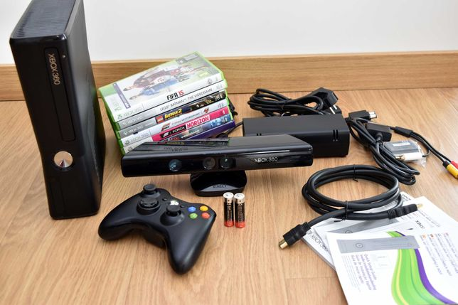 xbox 360 S (model 1439) / 7 gier / pad / kinect