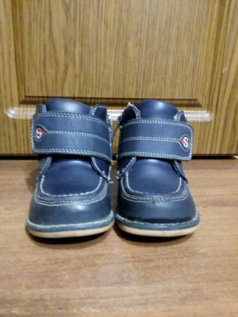Дитячі ортопедичні ботинки весна-осінь. 22 розмір.