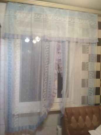 Продам замечательные занавески на кухню. В идеальном состоянии.