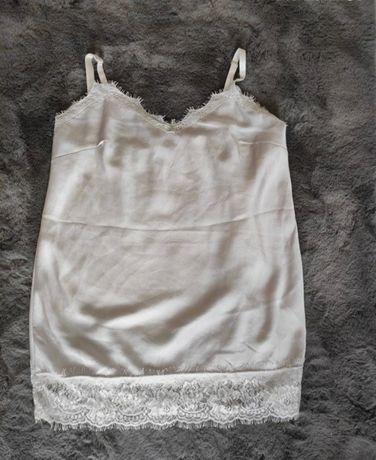 Elegancka koszulka na ramiaczkach