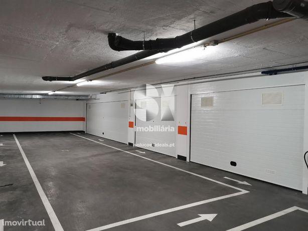 Garagem Box na Solum para 1 carro