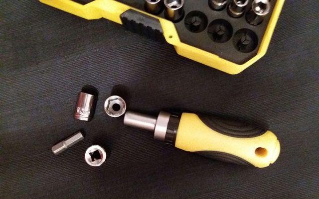 Набор отвертки и головки для ремонта - 35 предметов